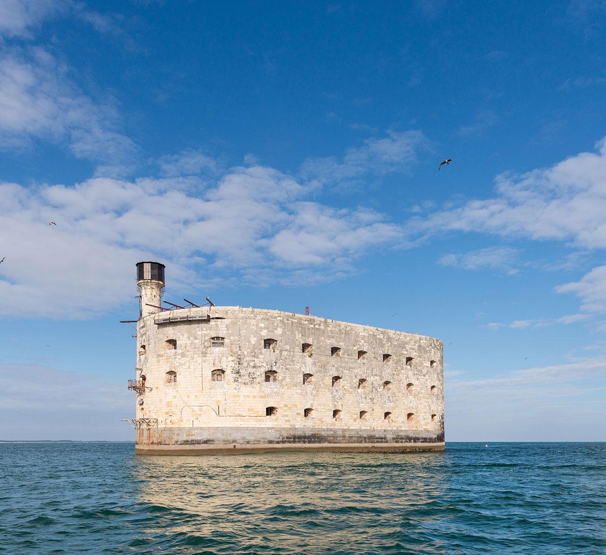 Catamaran Harmony à Fort Boyard