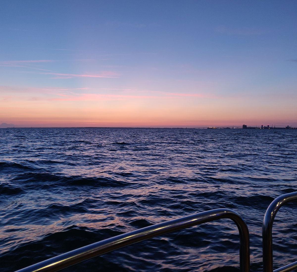 Coucher de soleil avec Inter-îles Catamarans